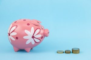 piggy-bank-and-coins