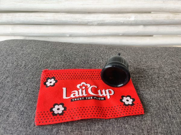 Black LaliCup Review Large with Red Bag